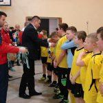Wręczanie medali młodzikom MOSiR w Hajnówce